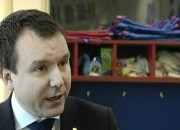 Andrew Griffiths Officially opens Kiddie Winks